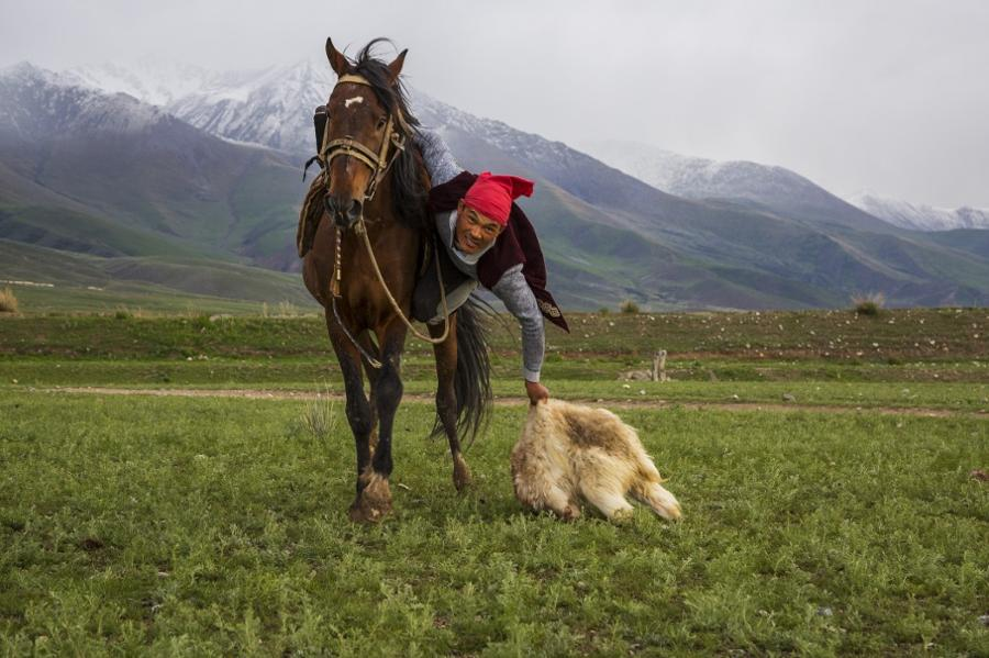 A guide to Kyrgyz nomad games